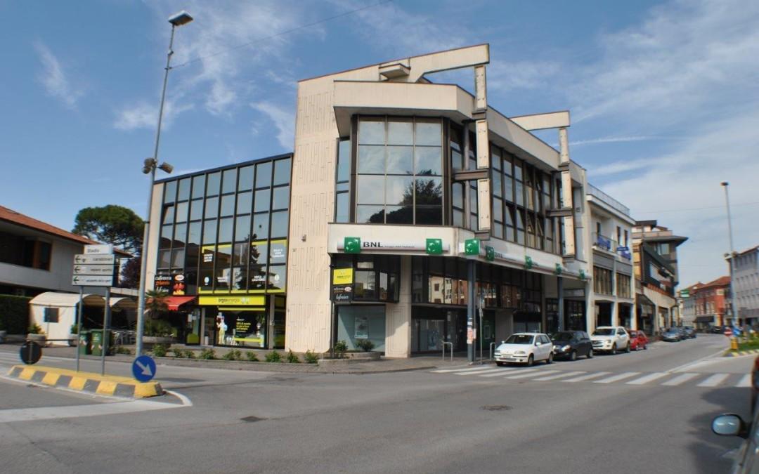 Ufficio 2° piano di 55 mq  in pieno centro storico a Camisano