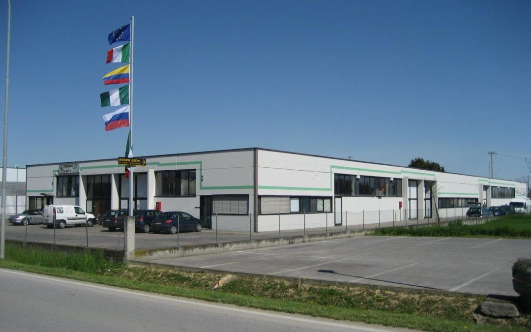 Camisano V.no – 400 mq in zona industriale